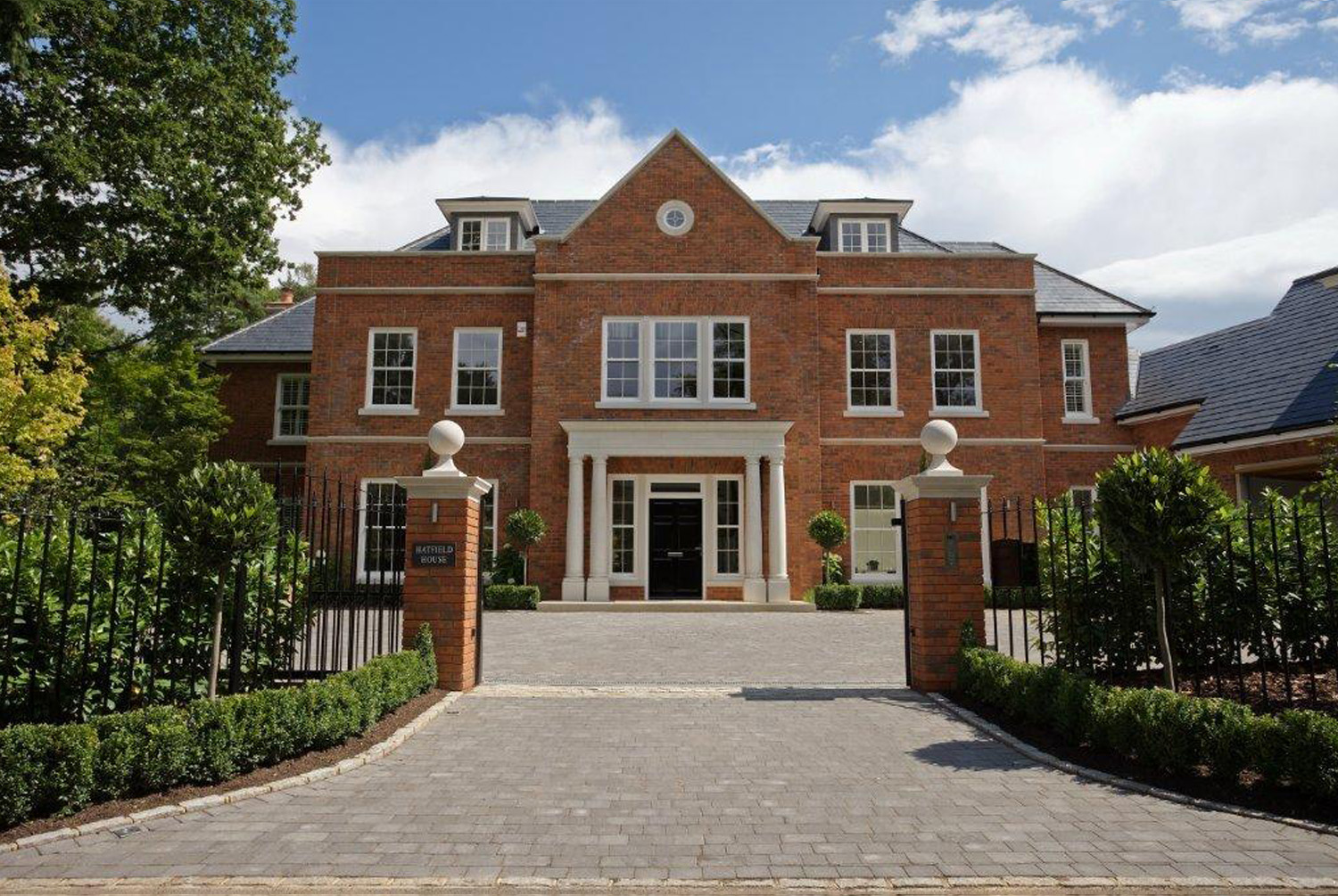 New build homes Berkshire, completed luxury home for Ashbourne Developments Ltd